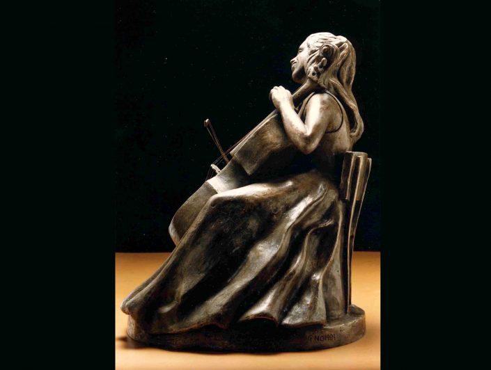 PORTRAIT OF JACQUELINE DU PRÉ view 2 bronze 60x40x40cm POA