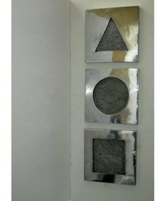 PLANE GEOMETRY relief aluminium 26x26x2cm (x3) POA